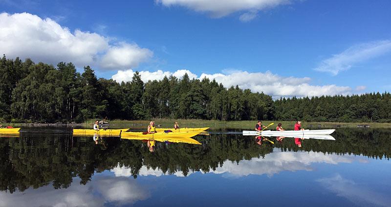 Tag på kajaktur på Åsnen med guide