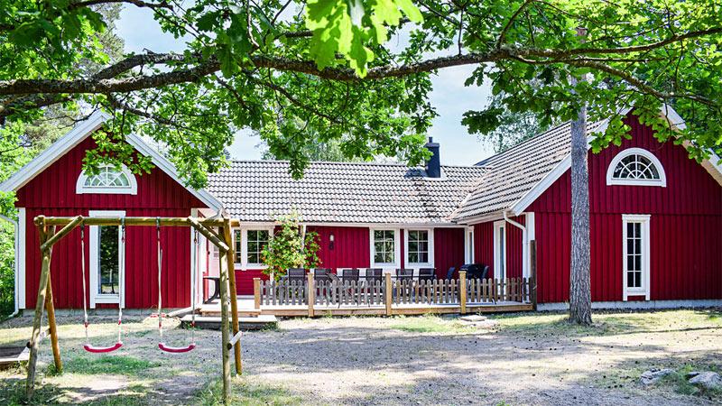 Eksklusivt sommerhus på Øland til 18 personer udlejes