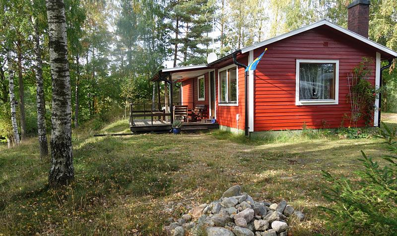 Hyggeligt sommerhus med stille beliggenhed ved Östra Vägla uden for Hallaryd