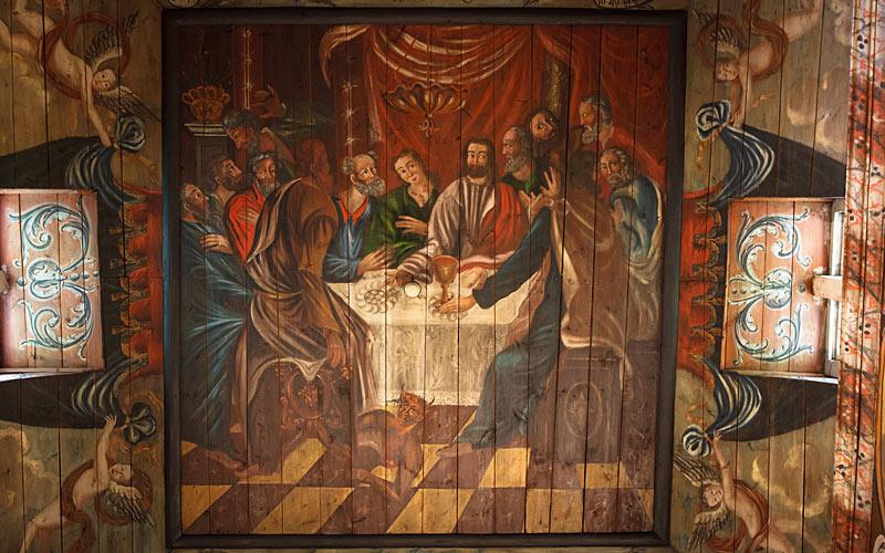 Loftet i Habo kirke rummer fire store billeder af sekramenterne dåb, nadver, forsoning (skriftemål) og velsignelse