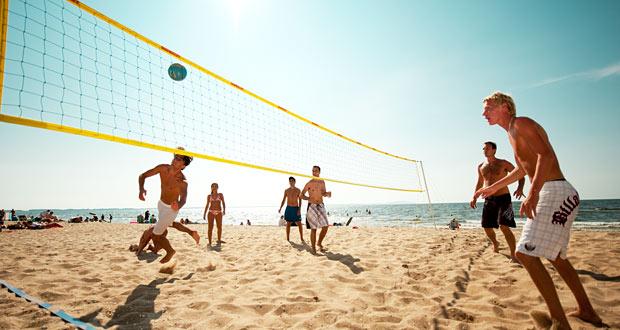 Wallyball på stranden ved Ängelholm