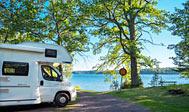 Kør til søer, havet og outdoor-aktiviteter. Lej en autocamper