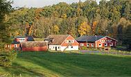 Bo på Hallamölla Gård ved Kivik i Österlen