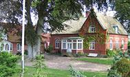 Bo på bondegård i Österlen i Skåne, Sverige