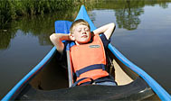 Kanotur på Rönne å. Foto: skane.com © sydpol.com