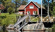 Vælg mellem fire sommerhuse ved sø i Småland, Sverige