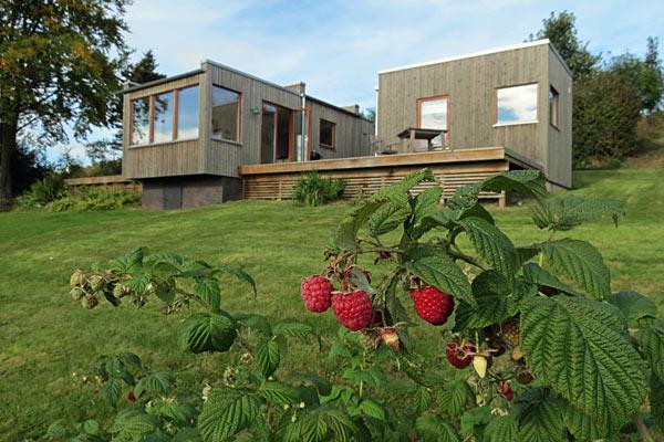Moderne og stilfuldt sommerhus i båstad til leje