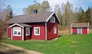 Klassisk svensk hus med skoven som nabo