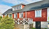 10 personers sommerhus med udsigt over havnen i Hällevik